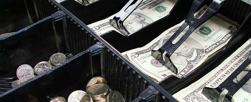 Les français préfère malheureusement l'argent liquide à l'étranger